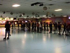 The Vanilla skate team teaching Jam Skating.